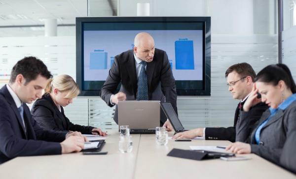 راه کار هایی برای مدیریت کارمندان سمی - هوش تجاری کیسان